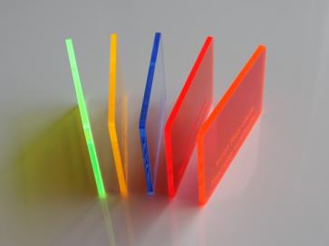 Plexiglas Fluor Gekleurd